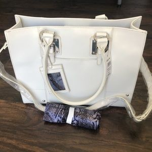 Wilson's Leather All In One Tote
